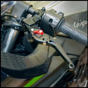 kawasaki_2013-16_ninja300_levers-2